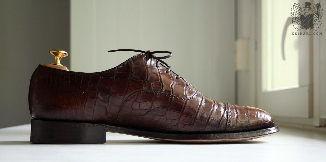 Crocodile_leather_shoes_by_Churchs_model_Consul_last_100d.jpg