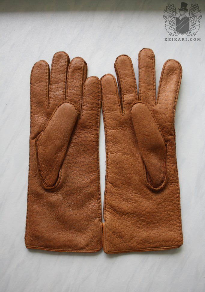 Paularun_gloves03.jpg