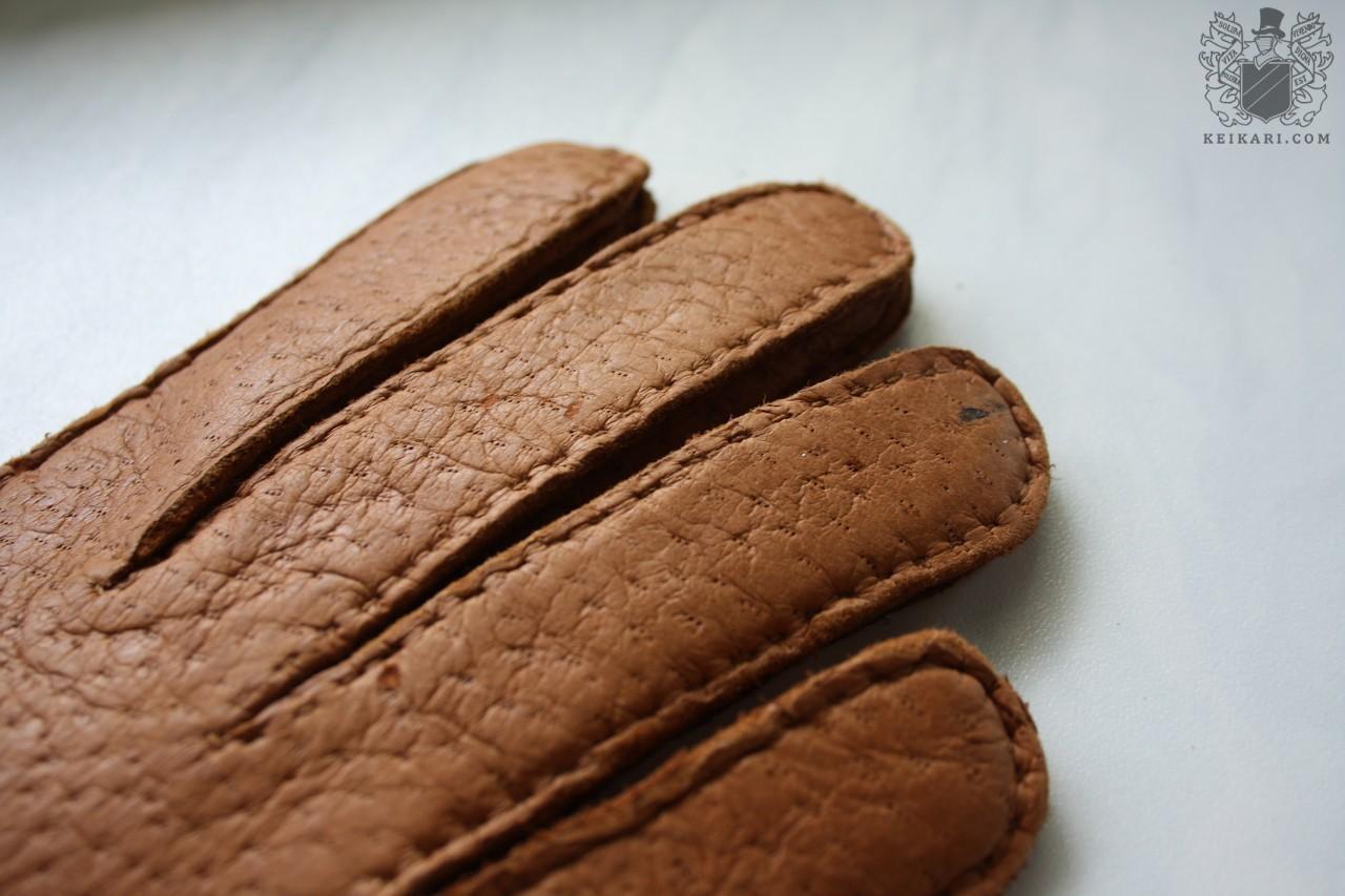 Paularun_gloves05.jpg