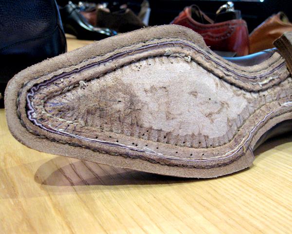 Shoe_gemming_construction_at_Keikari_dot_com