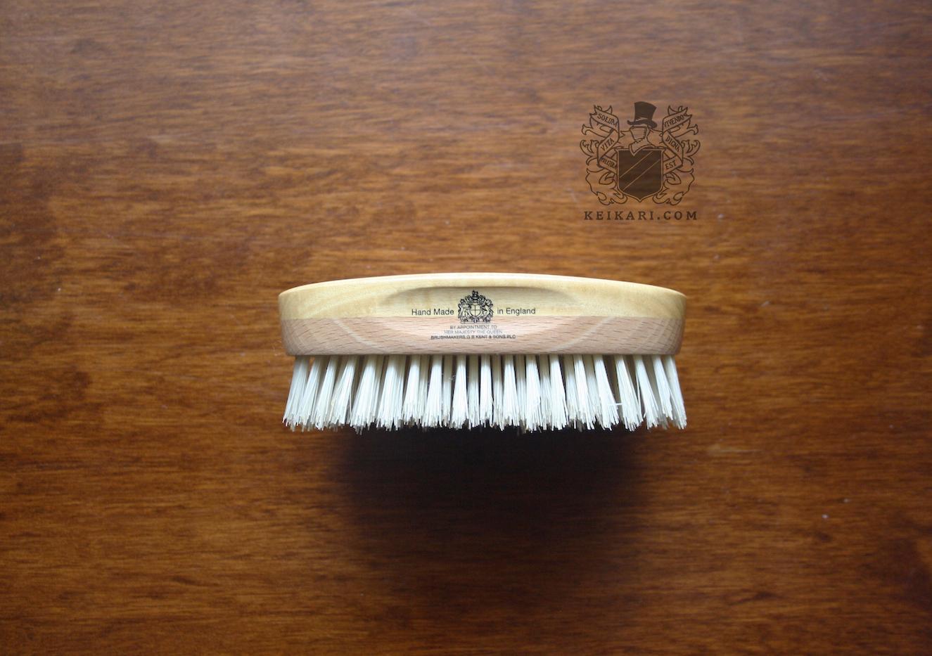 Handmade_MHS18_Hairbrush_from_Kent_Brushes_at_Keikari_dot_com4