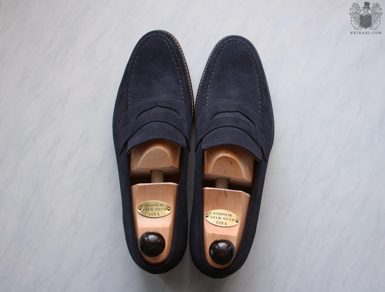 László_Vass_blue_suede_MTO_penny_loafers_at_Keikari_dot_com06.jpg