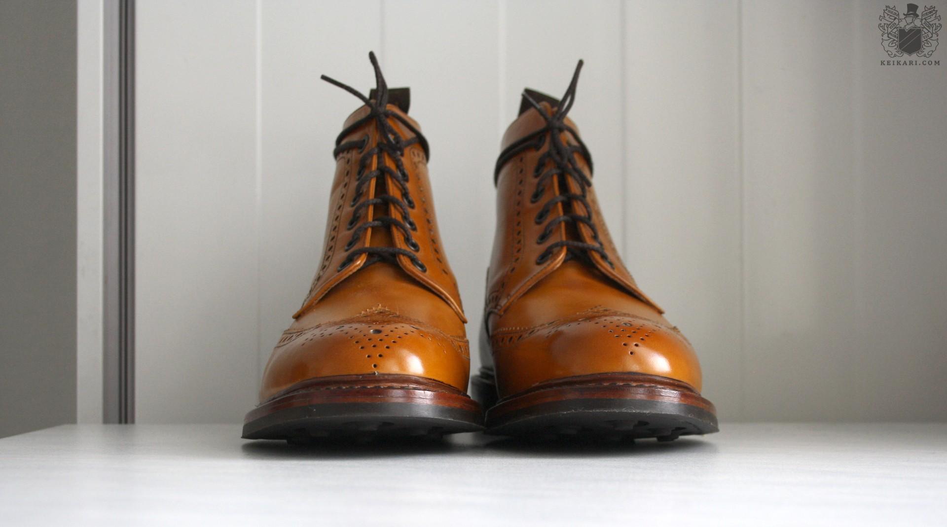 Loake_Wolf_shearling_boots_at_Keikari_dot_com03.jpg