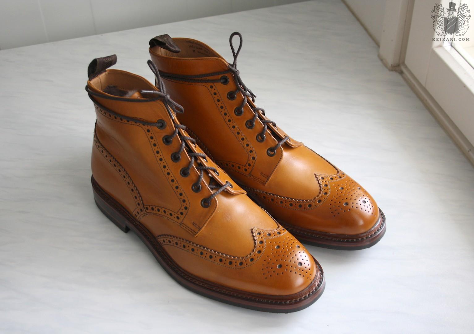 Loake_Wolf_shearling_boots_at_Keikari_dot_com06.jpg