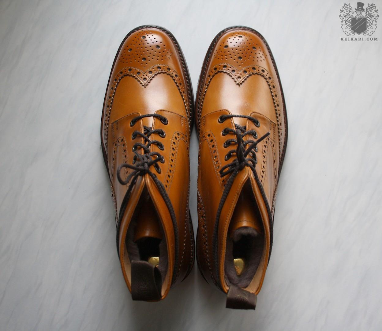 Loake_Wolf_shearling_boots_at_Keikari_dot_com10.jpg