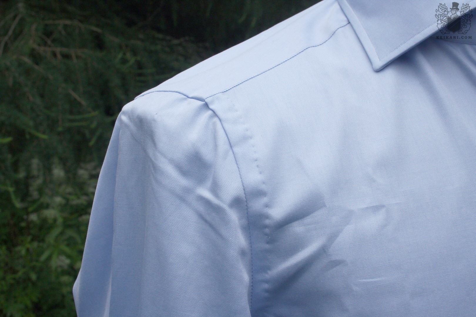 Anatomy_of_an_Isaia_shirt_at_Keikari_dot_com03