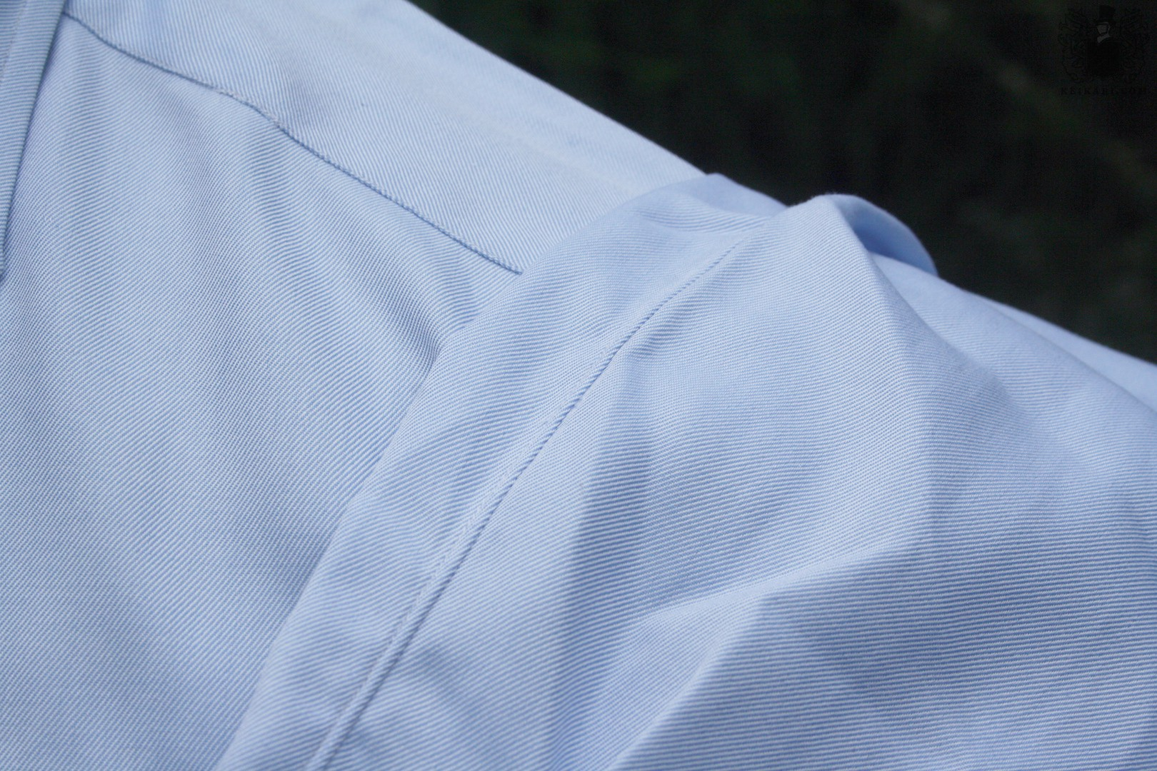 Anatomy_of_an_Isaia_shirt_at_Keikari_dot_com07
